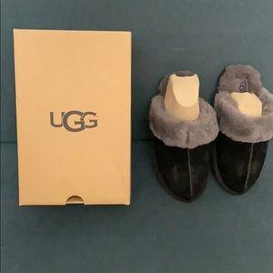 Women UGG Black/Grey Scuffette II Slipper